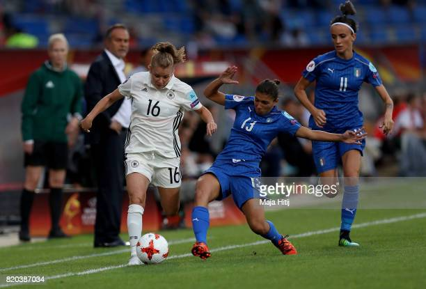 Linda Dallmann of Germany and Elisa Bartoli of Italy compete for the ball during the Group B match between Germany and Italy during the UEFA Women's...