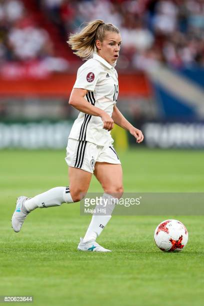 Linda Dallmann of Germany controls the ball during the UEFA Women's Euro 2017 at Koning Willem II Stadium on July 21 2017 in Tilburg Netherlands
