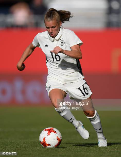 Linda Dallmann of Germany controls the ball during the Women's International Friendly match between Germany and Brazil at BWTStadion am Hardtwald on...
