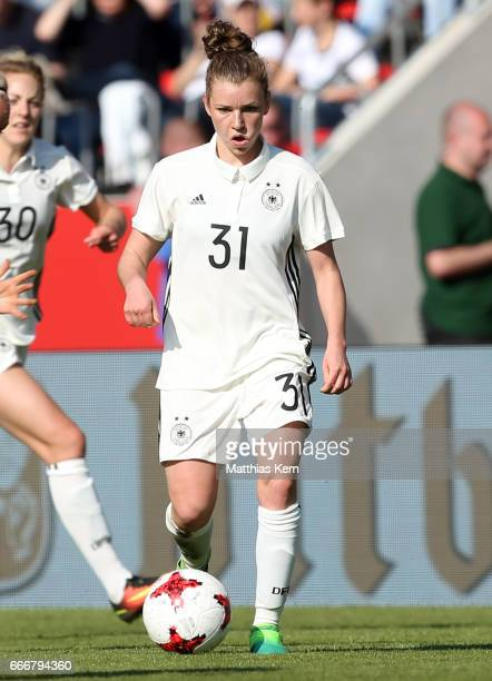 Linda Dallmann of Germany runs with the ball during the women's international friendly match between Germany and Canada at Steigerwald Stadion on...