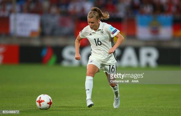 Linda Dallmann of Germany Women during the UEFA Women's Euro 2017 match between Germany and Italy at Koning Willem II Stadium on July 21 2017 in...