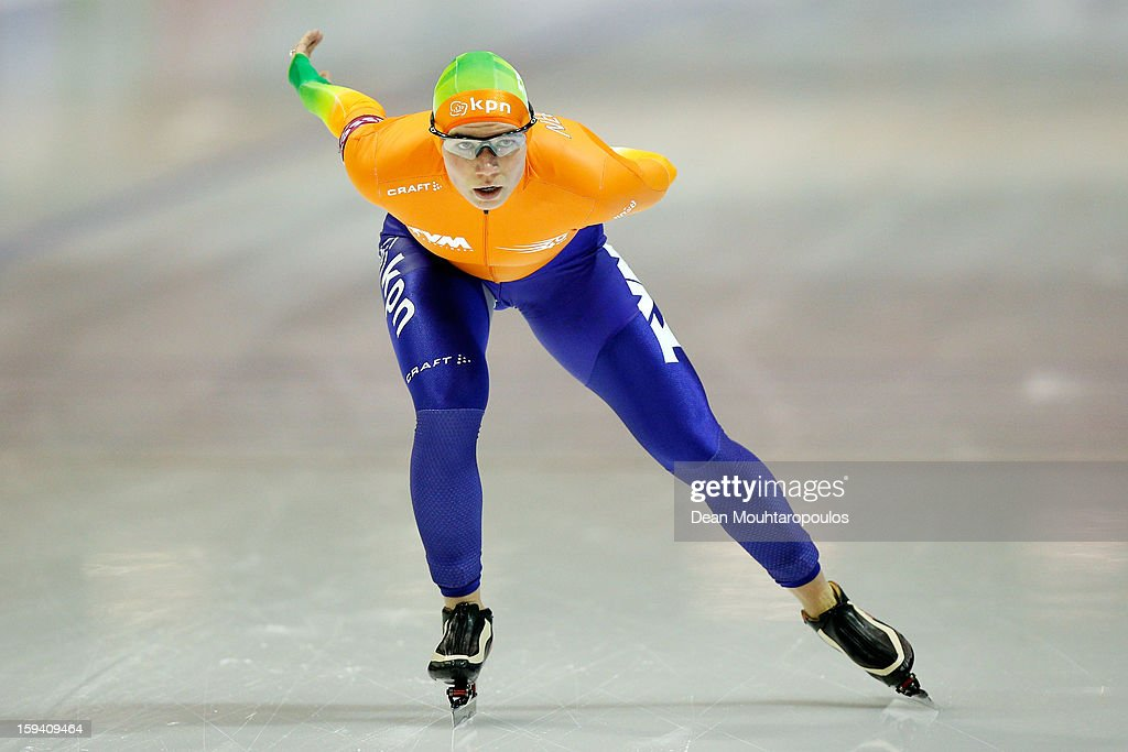 Linda de Vries of Netherlandsn competes in the 5000m Ladies race during the Final Day of the Essent ISU European Speed Skating Championships 2013 at Thialf Stadium on January 13, 2013 in Heerenveen, Netherlands. Ireen Wust of Netherlands is now the European Champion.