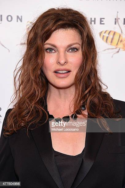 Linda Evangelista CoChair of the Fragrance Foundation Awards attends the 2015 Fragrance Foundation Awards at Alice Tully Hall at Lincoln Center on...