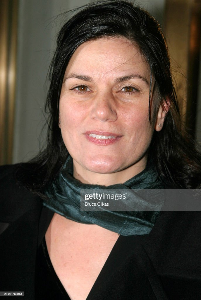 linda-fiorentino-during-the-retreat-from-moscow-opening-on-broadway-picture-id528270453