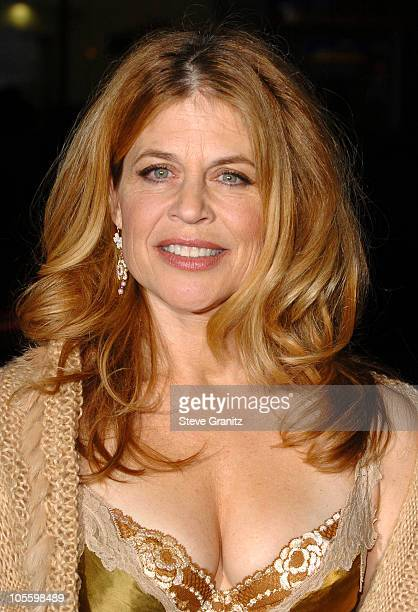 Linda Hamilton Nude Photos 17