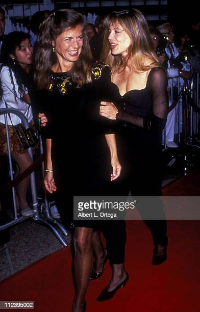 Linda Hamilton with twin sister Leslie during Premiere of 'Terminator 2 Judgment Day' Arrivals at Cineplex Odeon in Century City CA United States