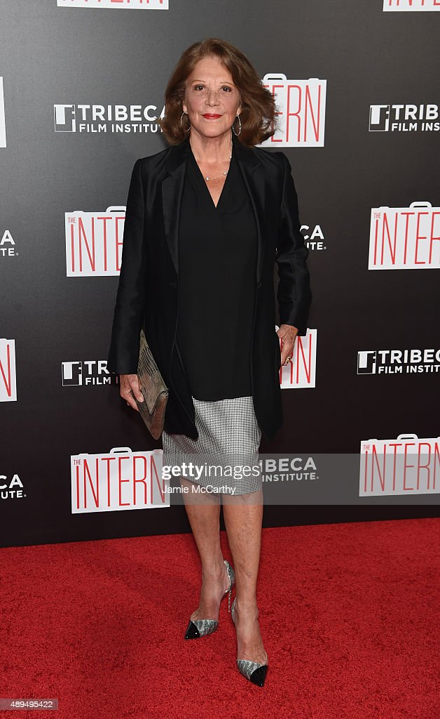 <a gi-track='captionPersonalityLinkClicked' href=/galleries/search?phrase=Linda+Lavin&family=editorial&specificpeople=645189 ng-click='$event.stopPropagation()'>Linda Lavin</a> attends 'The Intern' New York Premiere at Ziegfeld Theater on September 21, 2015 in New York City.