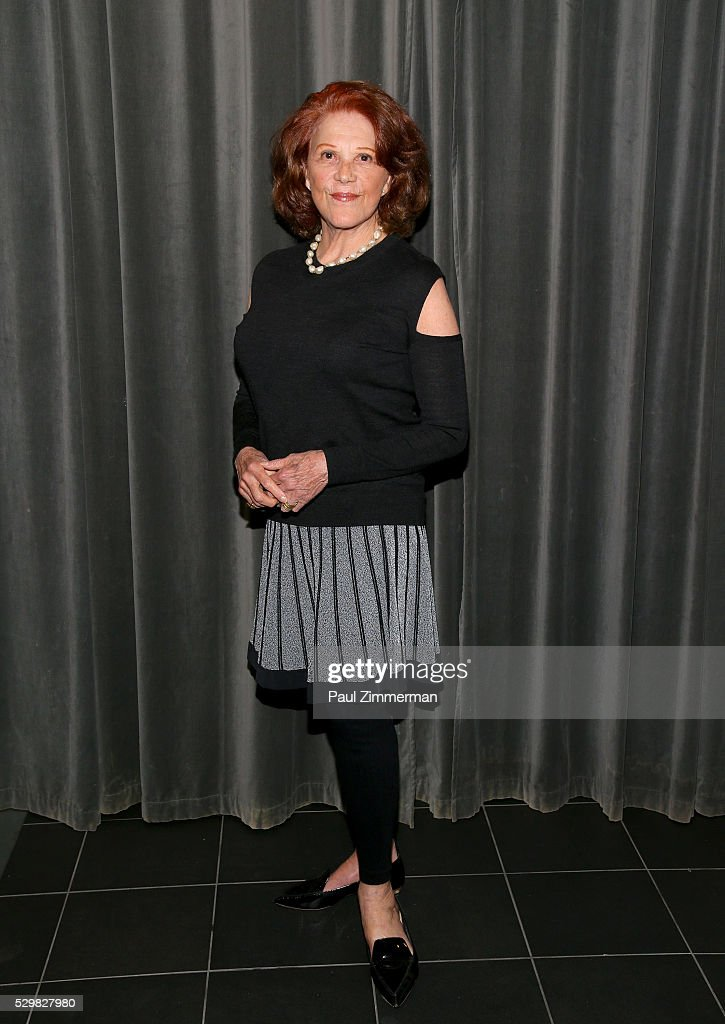 <a gi-track='captionPersonalityLinkClicked' href=/galleries/search?phrase=Linda+Lavin&family=editorial&specificpeople=645189 ng-click='$event.stopPropagation()'>Linda Lavin</a> attends the SAG-AFTRA Foundation Conversations Featuring June Squibb, Rosie O'Donnell And <a gi-track='captionPersonalityLinkClicked' href=/galleries/search?phrase=Linda+Lavin&family=editorial&specificpeople=645189 ng-click='$event.stopPropagation()'>Linda Lavin</a> From The Show 'Mom' on May 09, 2016 in New York, New York.