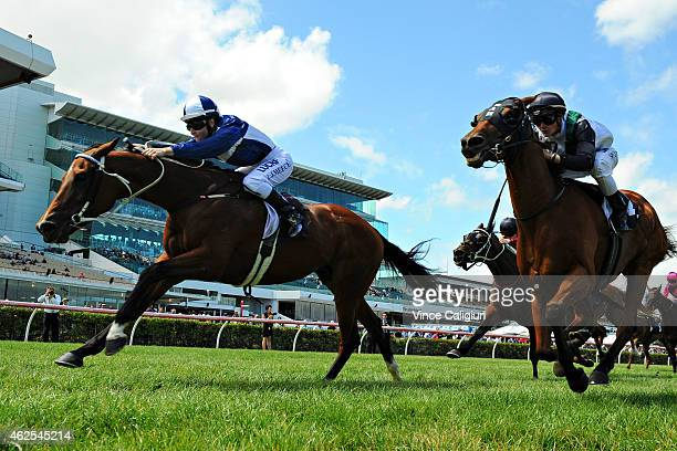 Linda Meech riding Averau defeats Regan Bayliss riding Extra Zero in Race 5 during Melbourne Racing at Flemington Racecourse on January 31 2015 in...