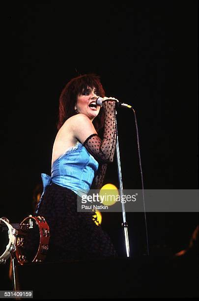 Linda Ronstadt performing Milwaukee Wisconsin July 7 1983