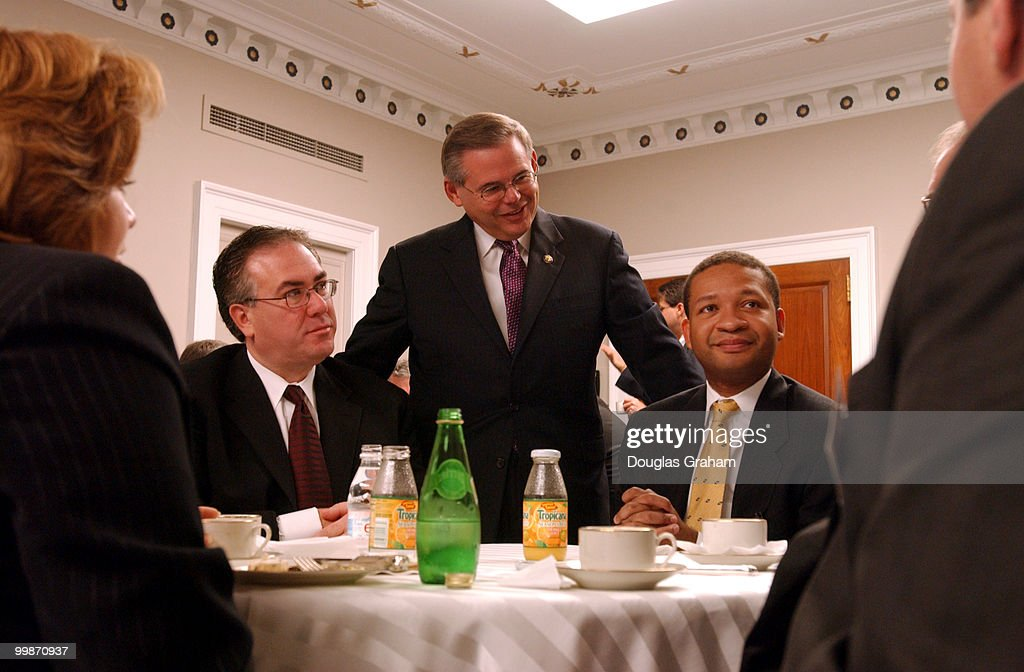 Linda Sanchez DCa Dennis Cardoza DCA Robert Menendez DNJ Artur Davis DAl and Mike Feeley DCO during a breakfast hosted by Rep Menendez the vice...