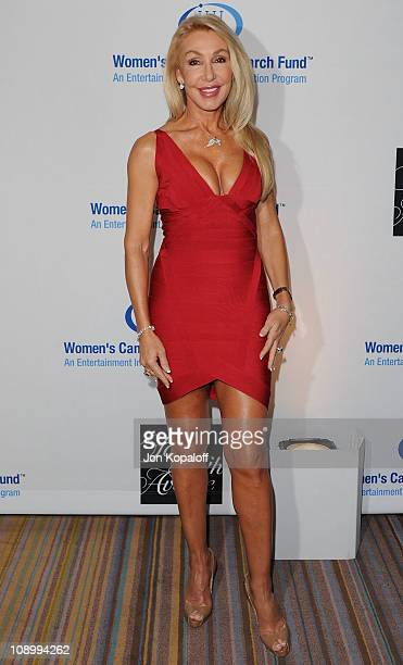Linda Thompson arrives at 'An Unforgettable Evening' Benefit For EIF Women's Cancer Research Fund at the Beverly Wilshire Four Seasons Hotel on...