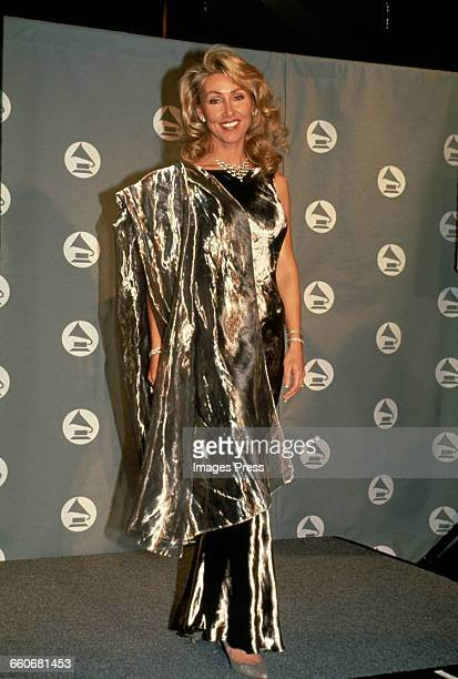 Linda Thompson attends the 36th Annual Grammy Awards held at Radio City Music Hall circa 1994 in New York City