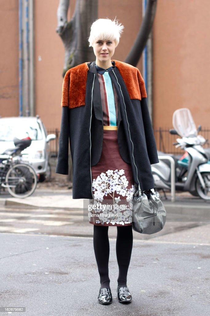 Linda Tol attends the Milan Fashion Week Womenswear Fall/Winter 2013/14 on February 25, 2013 in Milan, Italy.