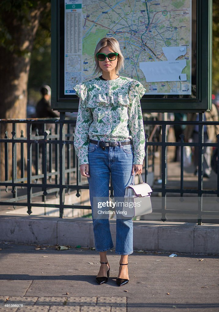 Linda Tol during the Paris Fashion Week Womenswear Spring/Summer 2016 on October 4 2015 in Paris France