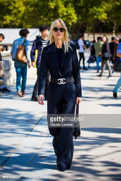 Linda Tol is seen before the Nina Ricci show at the Hotel National des Invalides during Paris Fashion Week Womenswear SS18 on September 29 2017 in...