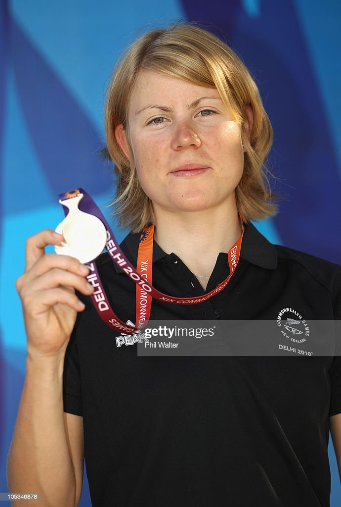 <a gi-track='captionPersonalityLinkClicked' href=/galleries/search?phrase=Linda+Villumsen&family=editorial&specificpeople=2270327 ng-click='$event.stopPropagation()'>Linda Villumsen</a> of New Zealand poses with her silver medal won in the Womens Individual Time Trial during a New Zealand Commonwealth Games team press conference during day eleven of the Delhi 2010 Commonwealth Games on October 14, 2010 in Delhi, India.