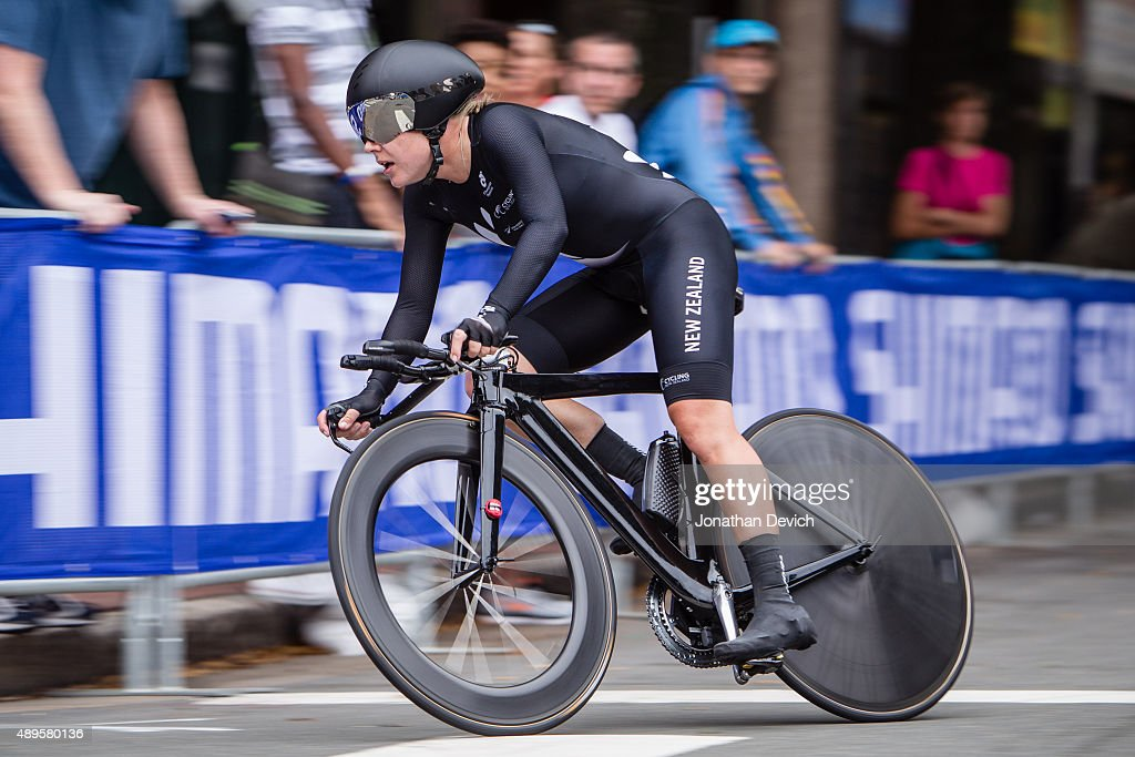 <a gi-track='captionPersonalityLinkClicked' href=/galleries/search?phrase=Linda+Villumsen&family=editorial&specificpeople=2270327 ng-click='$event.stopPropagation()'>Linda Villumsen</a> riding for the New Zealand National Team puts in a winning ride in the time trial during the UCI Road World Championships on September 22, 2015 in Richmond, Virginia.