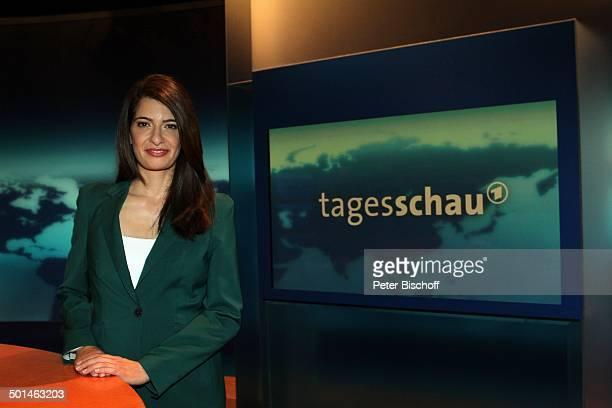 Linda Zervakis Hamburg Deutschland Europa NachrichtenStudio ARD'Tagesschau'Sprecherin NachrichtenSprecherin Promi BB CD PNr 030/2014