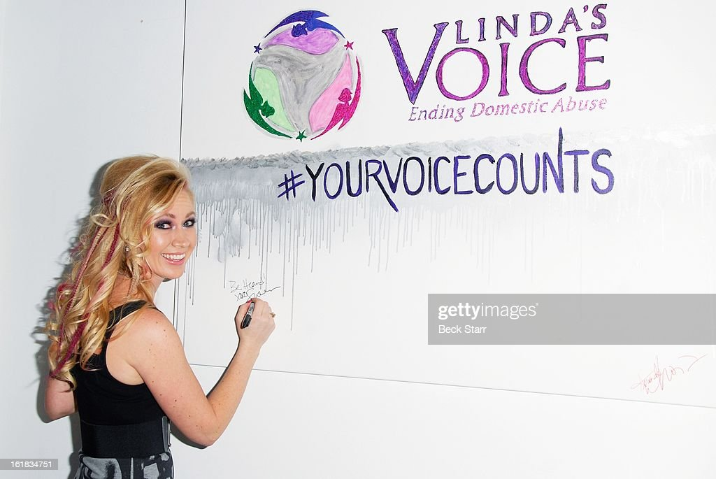 Linda's Voice co-founder actress Summer Harlow arrives at Linda's Voice live art auction at LAB ART Gallery on February 16, 2013 in Los Angeles, California.
