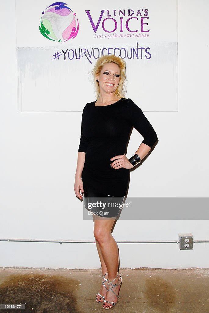 Linda's Voice co-founder Amanda Whitis arrives at Linda's Voice live art auction at LAB ART Gallery on February 16, 2013 in Los Angeles, California.