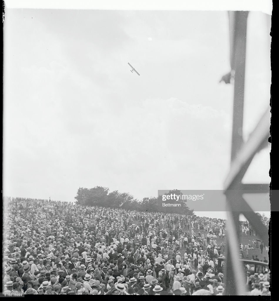 Charles lindbergh getty images for New york to paris flight