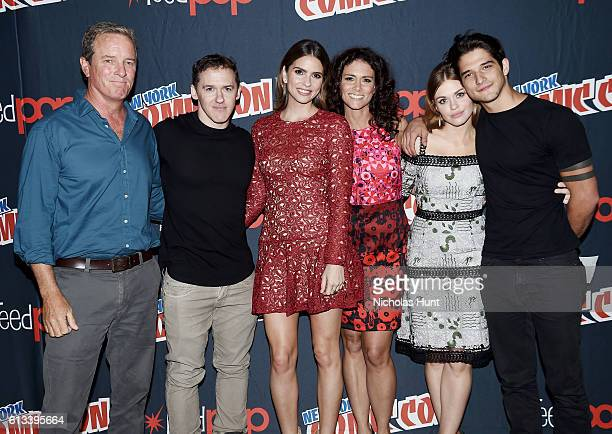 Linden Ashby Jeff Davis Shelley Hennig Melissa Ponzio Holland Roden and Tyler Posey attend the 'Teen Wolf' Final Farewell during day 3 of 2016 New...