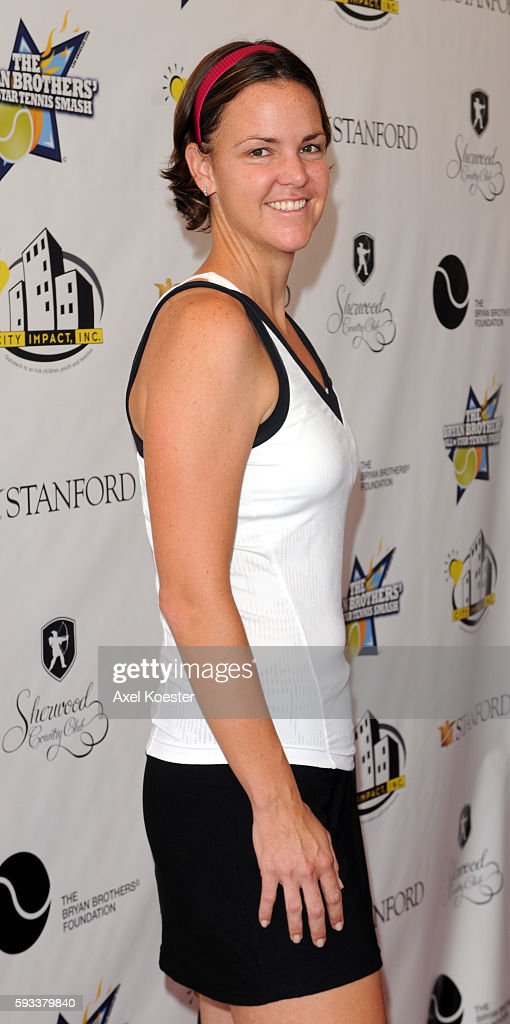 Lindsay Davenport arrives to the Bryan Brothers' AllStar Tennis Smash benefiting local and national charities at the Sherwood Country Club in...