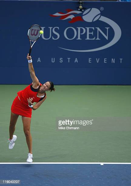 Lindsay Davenport during a third round match against Patty Schnyder at the 2006 US Open at the USTA National Tennis Center in Flushing Queens NY on...