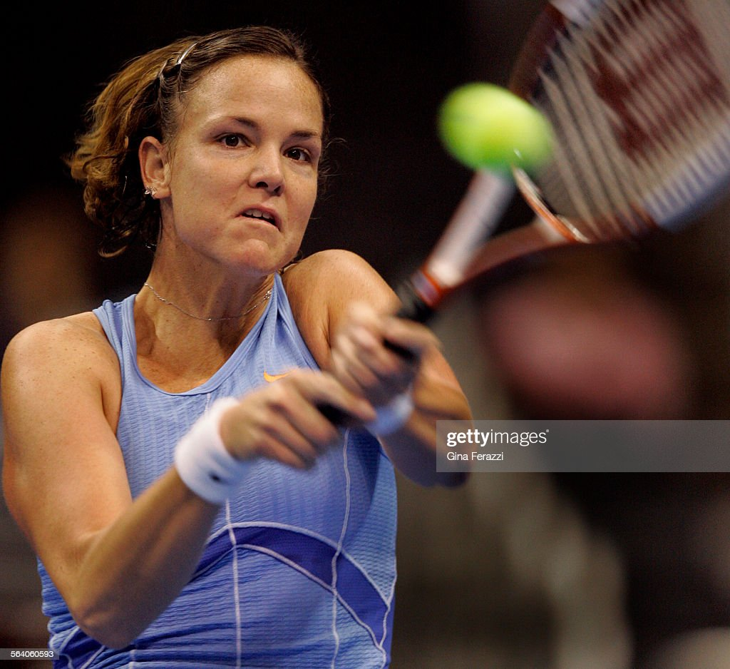 Lindsay Davenport returns a backhand to Patty Schnyder during the