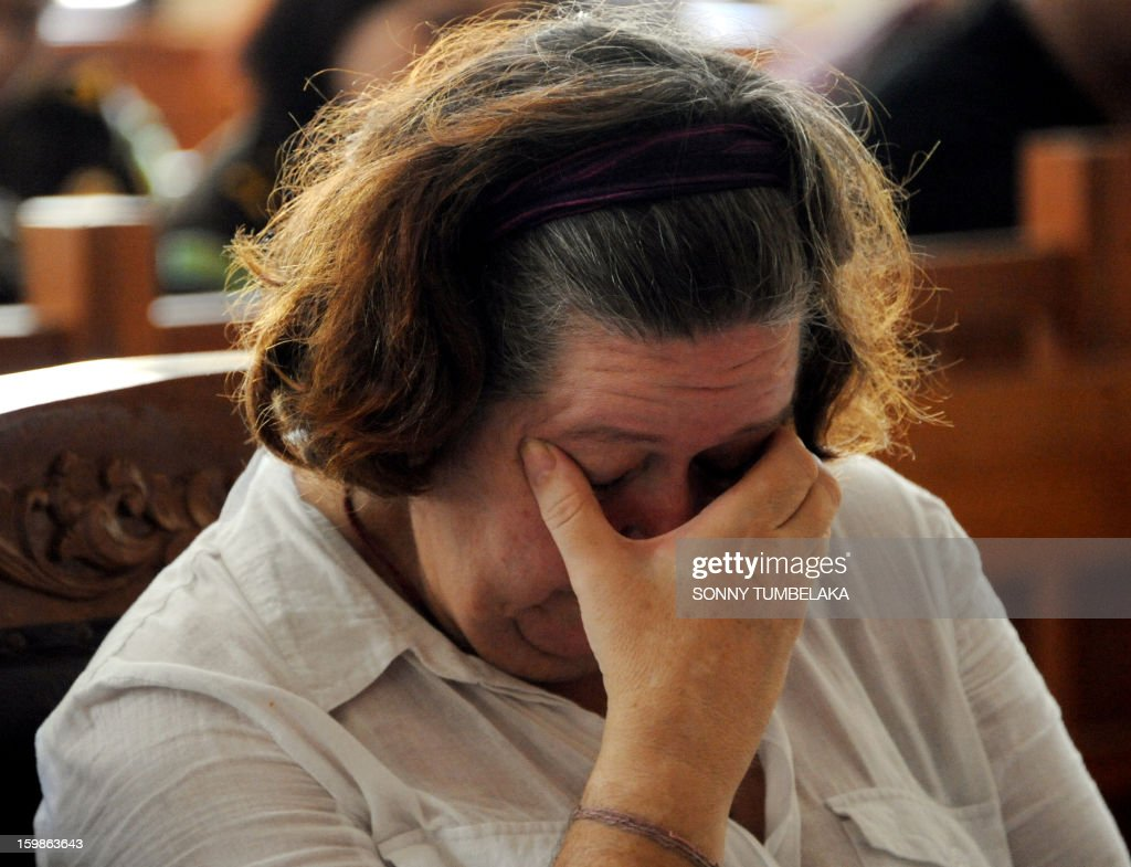 Lindsay June Sandiford of Britain gestures as she attends her trial at a court in Denpasar on the Indonesian resort island of Bali on January 22, 2013. An Indonesian court on January 22 sentenced 56-year-old Sandiford to death for smuggling cocaine into the resort island of Bali.