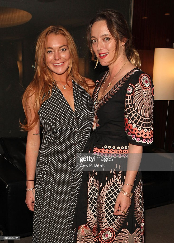 <a gi-track='captionPersonalityLinkClicked' href=/galleries/search?phrase=Lindsay+Lohan&family=editorial&specificpeople=171623 ng-click='$event.stopPropagation()'>Lindsay Lohan</a> and Alice Temperley attend a private screening with Alice Temperley of Disney's Alice Through The Looking Glass at the Bulgari Hotel on May 26, 2016 in London, England.