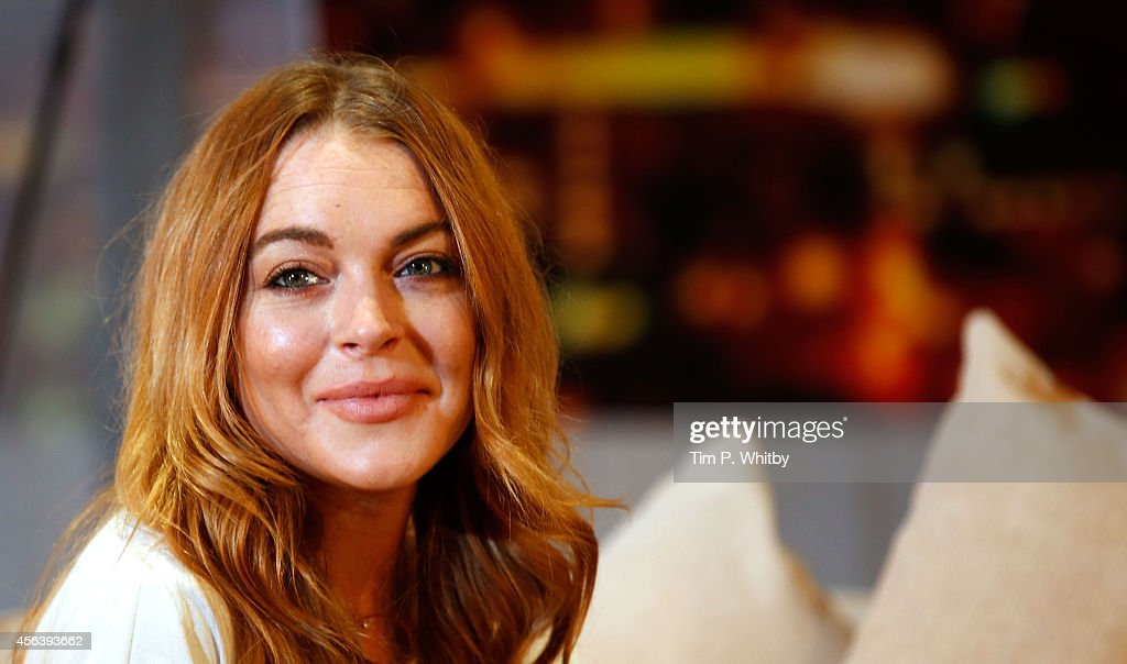 <a gi-track='captionPersonalityLinkClicked' href=/galleries/search?phrase=Lindsay+Lohan&family=editorial&specificpeople=171623 ng-click='$event.stopPropagation()'>Lindsay Lohan</a> performs during a photocall for 'Speed The Plow' at Playhouse Theatre on September 30, 2014 in London, England.
