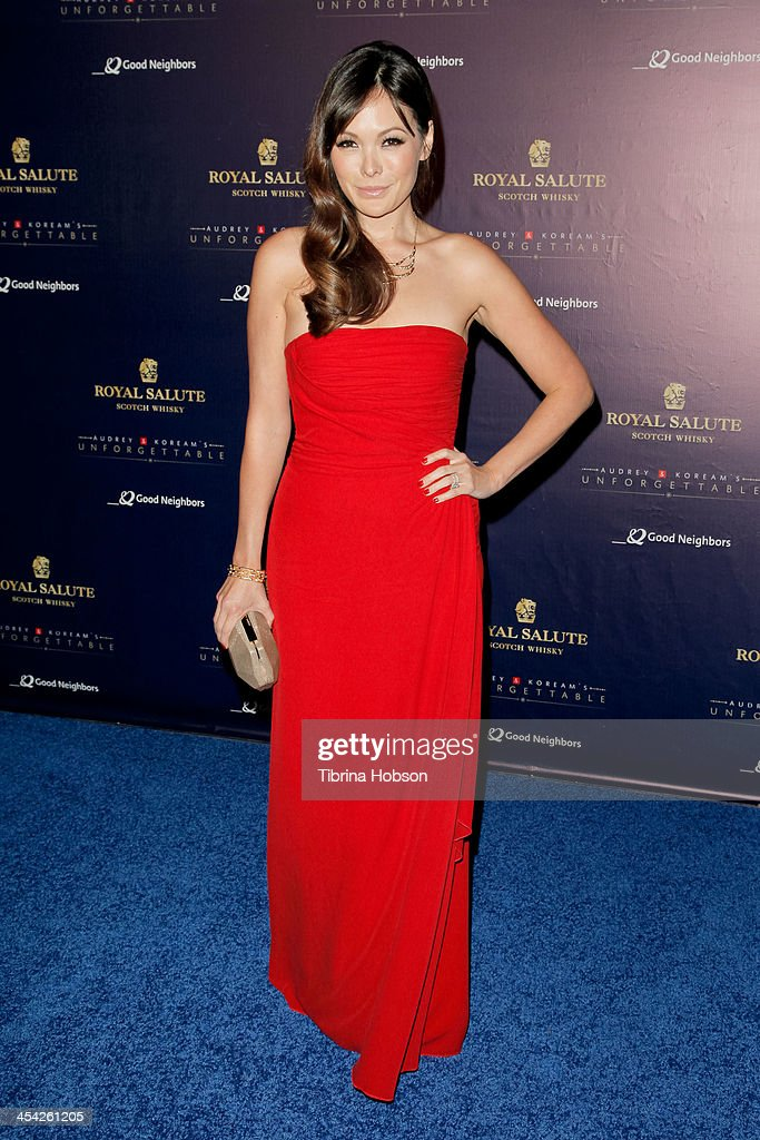 Lindsay Price attends the 12th annual Unforgettable Gala at Park Plaza on December 7, 2013 in Los Angeles, California.