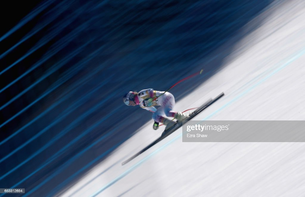 Lindsay Vonn of the United States takes a training run for the ladies' downhill at the Audi FIS Ski World Cup Finals at Aspen Mountain on March 14, 2017 in Aspen, Colorado.