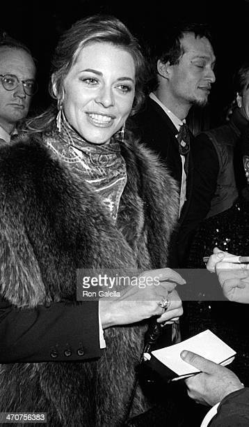 Lindsay Wagner Attends Premiere Electric Horseman December Picture Monte Carlo Tv Festival Embraces
