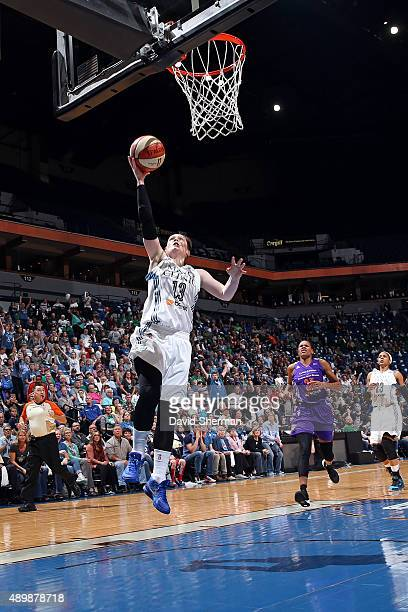 Lindsay Whalen of the Minnesota Lynx drives to the basket against the Phoenix Mercury during Game One of the WNBA Western Conference Finals on...