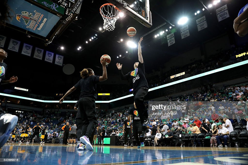 <a gi-track='captionPersonalityLinkClicked' href=/galleries/search?phrase=Lindsay+Whalen&family=editorial&specificpeople=208984 ng-click='$event.stopPropagation()'>Lindsay Whalen</a> #13 of the Minnesota Lynx warms up before the game against the Los Angeles Sparks during the WNBA game on June 24, 2016 at Target Center in Minneapolis, Minnesota.