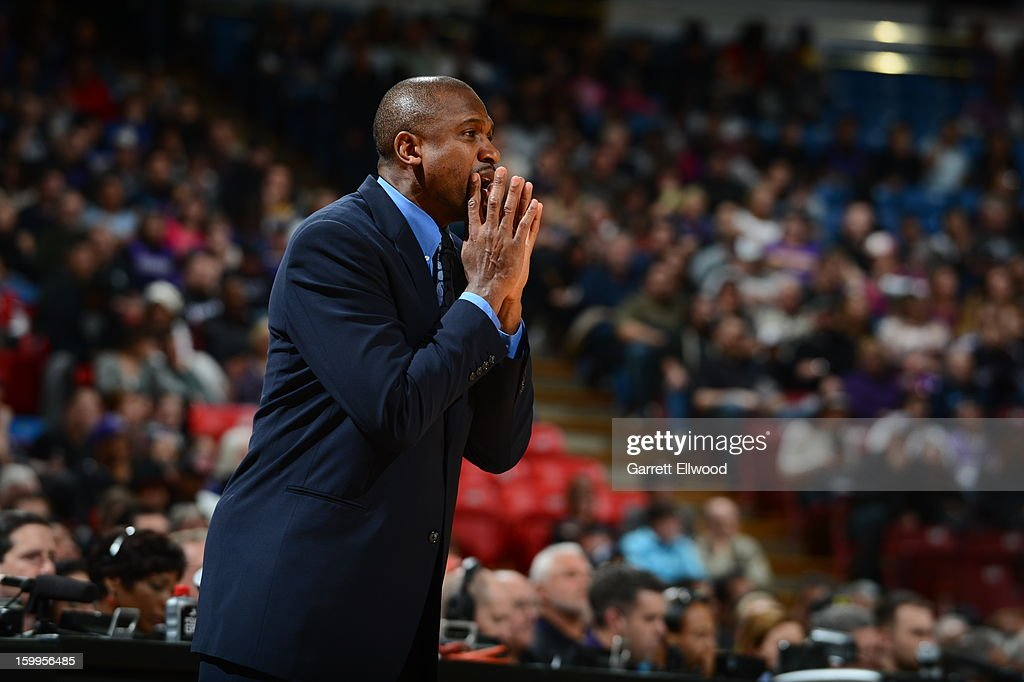 Lindsey Hunter, Head Coach of the Phoenix Suns, calls out a play against the Sacramento Kings on January 23, 2013 at Sleep Train Arena in Sacramento, California.