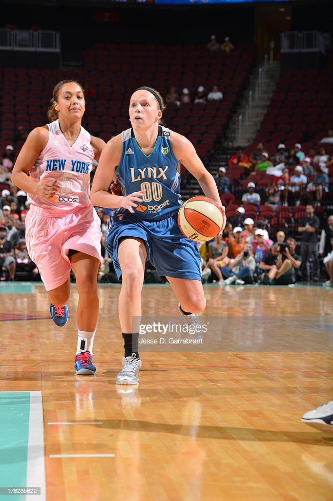 Lindsey Moore #00 of the Minnesota Lynx drives against the New York Liberty during the game on August 27, 2013 at Prudential Center in Newark, New Jersey.