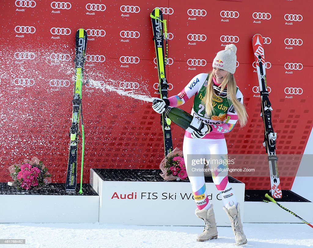 <a gi-track='captionPersonalityLinkClicked' href=/galleries/search?phrase=Lindsey+Vonn&family=editorial&specificpeople=4668171 ng-click='$event.stopPropagation()'>Lindsey Vonn</a> of the USA competes during the Audi FIS Alpine Ski World Cup Women's Super-G on January 19, 2015 in Cortina d'Ampezzo, Italy.