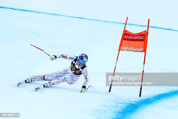 Lindsey Vonn of the USA competes during the Audi FIS Alpine Ski World Cup Women's Combined on December 18 2015 in Val d'Isere France