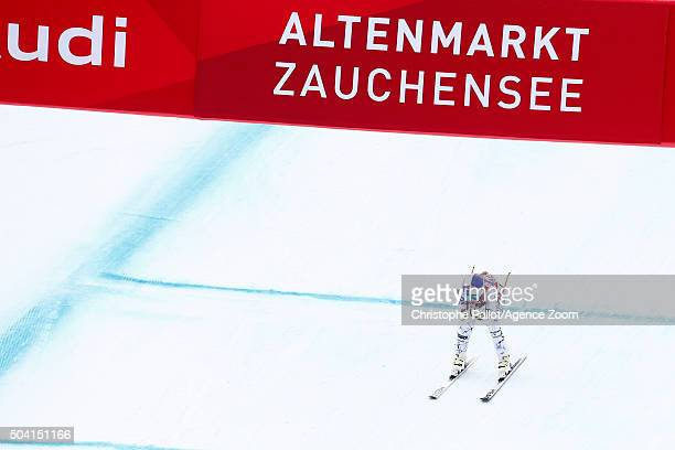 Lindsey Vonn of the USA takes 1st place during the Audi FIS Alpine Ski World Cup Women's Downhill on January 09 2016 in AltenmarktZauchensee Austria