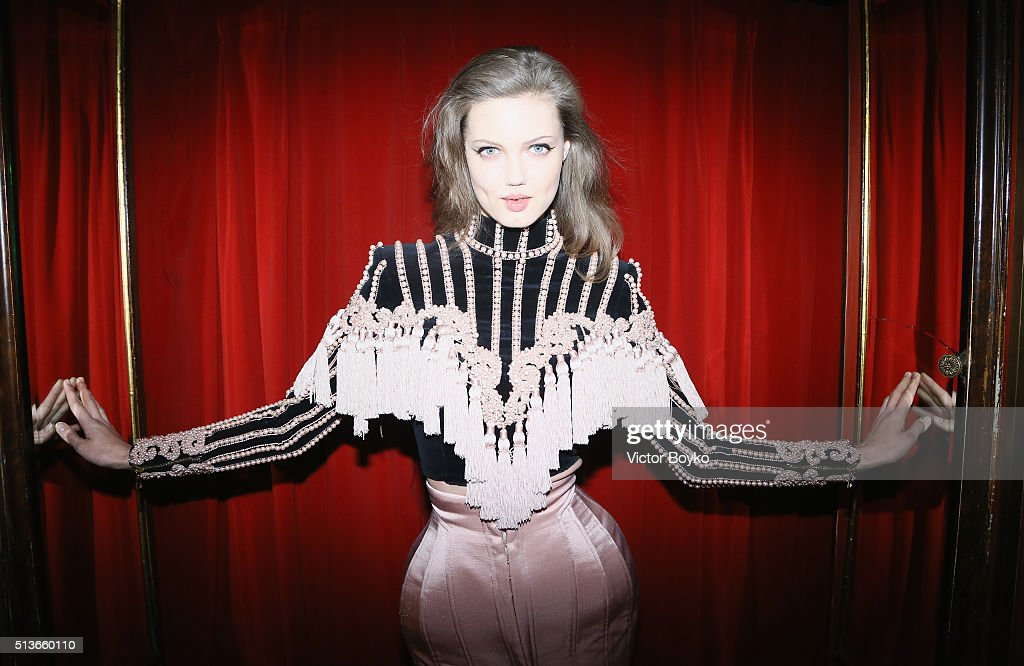 <a gi-track='captionPersonalityLinkClicked' href=/galleries/search?phrase=Lindsey+Wixson&family=editorial&specificpeople=6876942 ng-click='$event.stopPropagation()'>Lindsey Wixson</a> attends the Balmain Aftershow Party as part of Paris Fashion Week Womenswear Automn/Winter 2016 at Restaurant Laperouse on March 3, 2016 in Paris, France.