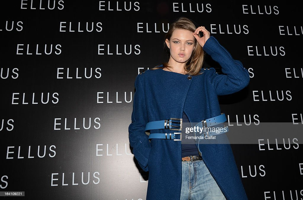 Lindsey Wixson backstage at the Ellus show during Sao Paulo Fashion Week Summer 2013/2014 on March 19, 2013 in Sao Paulo, Brazil.