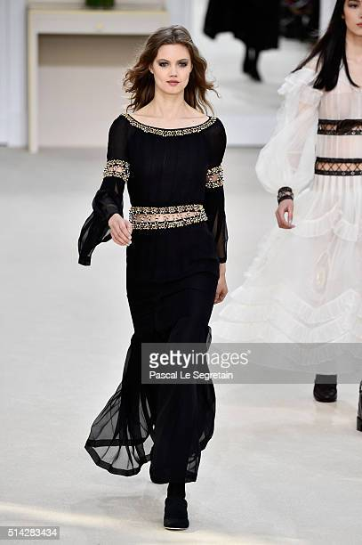 Lindsey Wixson walks the runway during the Chanel show as part of the Paris Fashion Week Womenswear Fall/Winter 2016/2017 on March 8 2016 in Paris...
