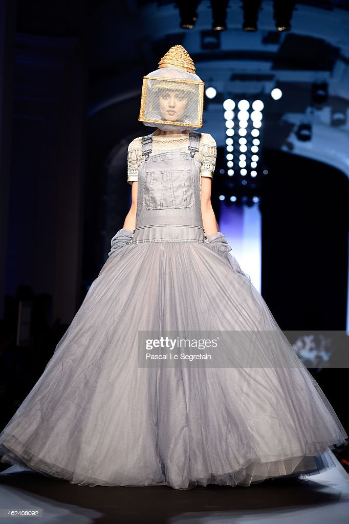 <a gi-track='captionPersonalityLinkClicked' href=/galleries/search?phrase=Lindsey+Wixson&family=editorial&specificpeople=6876942 ng-click='$event.stopPropagation()'>Lindsey Wixson</a> walks the runway during the Jean Paul Gaultier show as part of Paris Fashion Week Haute Couture Spring/Summer 2015 on January 28, 2015 in Paris, France.