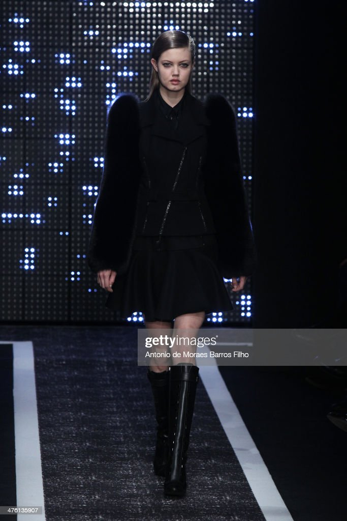 <a gi-track='captionPersonalityLinkClicked' href=/galleries/search?phrase=Lindsey+Wixson&family=editorial&specificpeople=6876942 ng-click='$event.stopPropagation()'>Lindsey Wixson</a>l walks the runway during the Maxime Simoens show as part of the Paris Fashion Week Womenswear Fall/Winter 2014-2015 on March 2, 2014 in Paris, France.