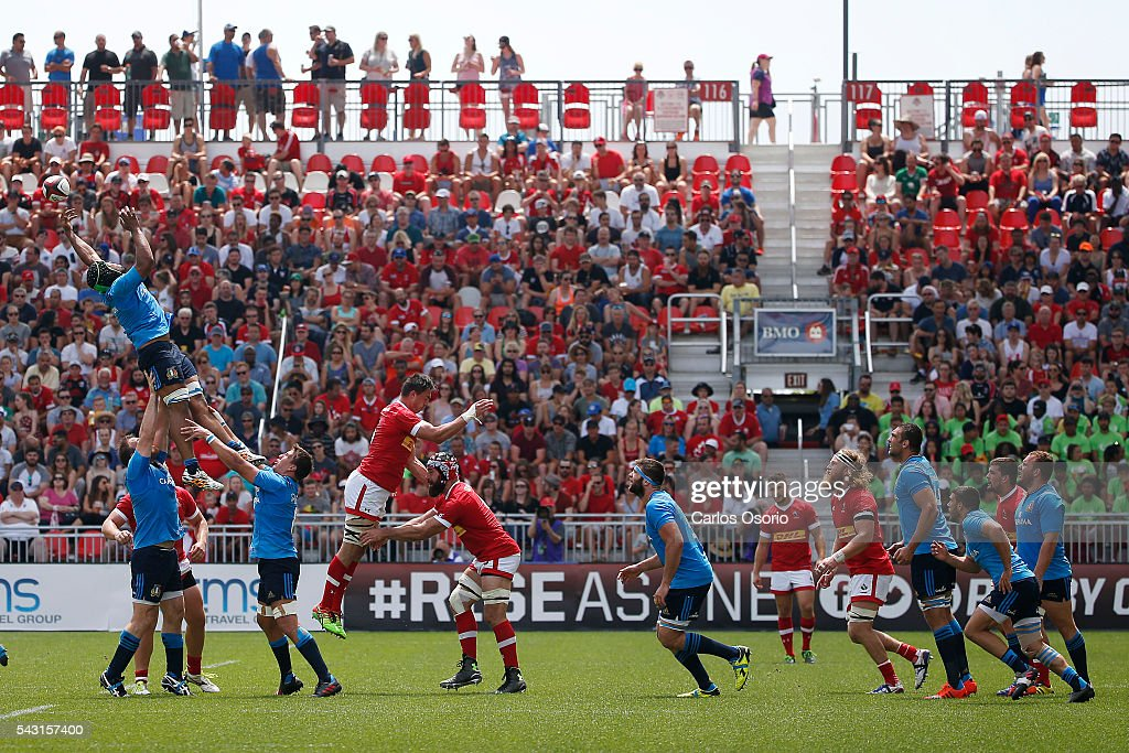 TORONTO, ON - JUNE 26 - A line out during the first half of Rugby action as Canadas Mens Rugby Team takes on Italy in a Rugby World Cup (RWC) 2015 re-match on Sunday at BMO field in downtown Toronto June 26, 2016.