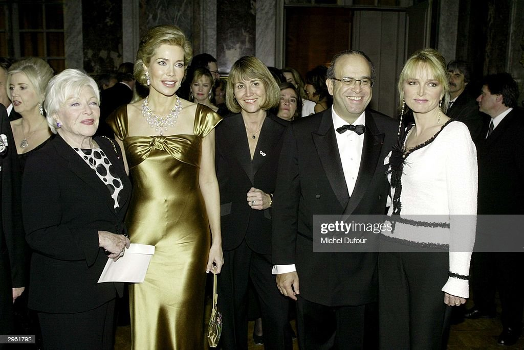 Line Renaud La Begum Inara Mrs Albanel David Khayat and Claude Chirac attend the Versailles Charity Gala February 9 2004 in Versailles France from...